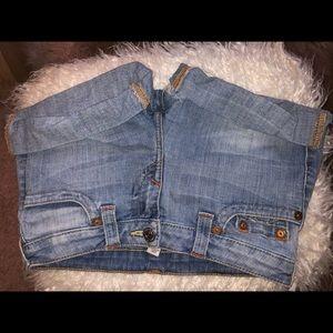True Religion Shorts size 26